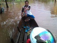 Desa Paal Nanga Pinoh Terendam Banjir