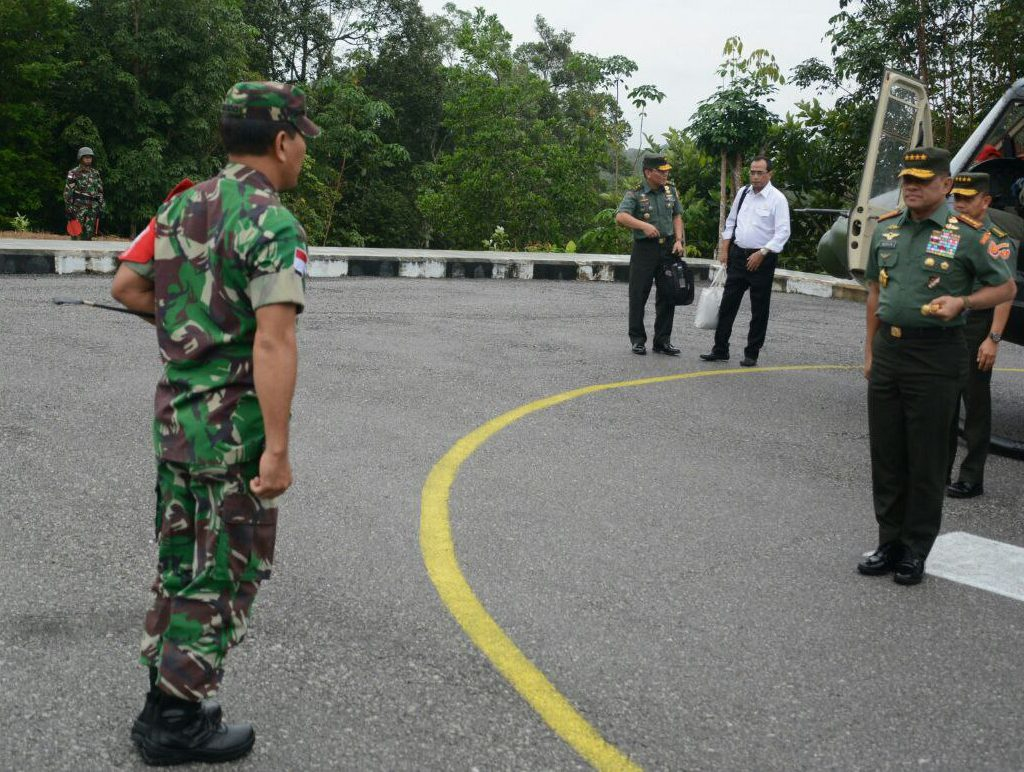 Panglima TNI Kunjungi Pos Gabma Sajingan