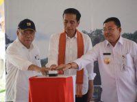 Joko Widodo Resmikan Pembangkit Listrik Total Kapasitas 500 MW