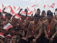 Brunei Anugerahkan Adhyaksa Dault Penghargaan