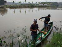 FMPS Mempawah, Gelar Kerja Bakti Bersihkan Sungai dan Taman Bestari