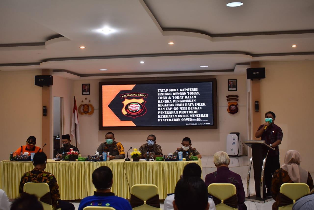 ASISTEN PEMERINTAHAN HADIRI TATAP MUKA DENGAN TOKOH MASYARAKAT DI POLRES SINTANG  Sintang,Kalbar