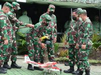 Prajurit Brigif 15/Kujang II, Ciptakan dan Demontrasikan Pesawat Unmanned Aeral Vehicle