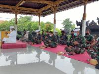 Personel STTAL Ikuti Perayaan Hari Raya Siwaratri