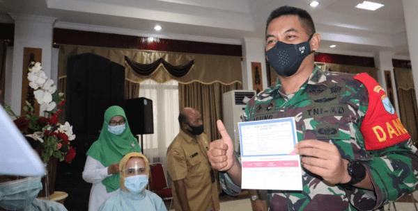 Letkol Inf Dwi Agung Prihanto, Bangga Jadi Orang Kab. Mempawah Pertama di Vaksin