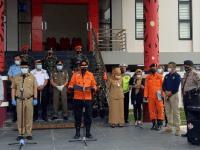 Serah Terima Jenazah Korban Sriwijaya Air SJ-182, Kasatlantas Polres Kubu raya lakukan Pendampingan Serta Pengawalan