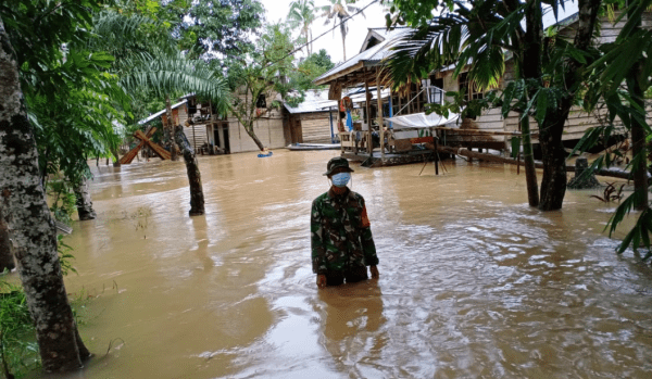 Air Belum Surut, Koramil Seluas Pantau Wilayah Binaan Terdampak Banjir