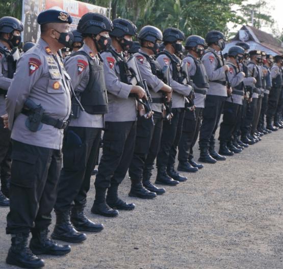 Polresta Pontianak Kota Terjunkan 693 Personil Dalam Rangka Pengamanan Malam Tahun Baru Imlek