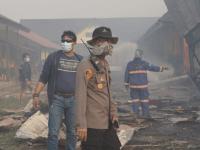 Akibat Karhutla 4 Bangunan SMKN 1 Sungai Raya Terbakar, Tim Gabungan TNI-POLRI dan Pemadam Lakukan Upaya Pemadaman