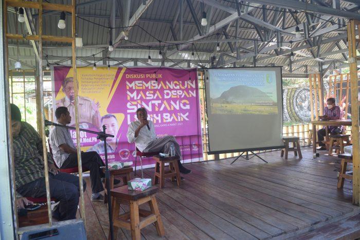 Diskusi Publik Bersama Bupati Sintang Di Area Canopy Center