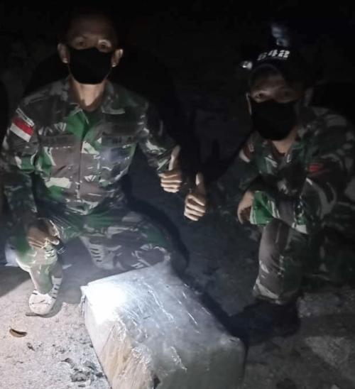 Upaya Penyelundupan 10 Kg Narkoba di Perbatasan, Kembali Digagalkan Oleh Tim Gabungan Satgas Yonif 642 Kapuas dan Satgas Intelijen Koopsdam Xll/Tpr