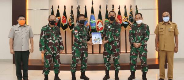 Pangdam XII/Tpr Terima Kunjungan Tim Sahli Panglima TNI Bidang Wassus dan LH
