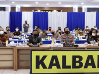 Pangdam XII/Tpr Bersama Kapolda Kalbar Ikuti Launching ETLE