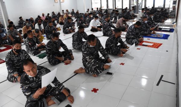 Komandan Lantamal XII Hadiri Pelaksanaan Zikir dan Doa Bersama Dalam Rangka Memperingati Isra Mi'ra Nabi Muhammad SAW 1442 H Tahun 2021