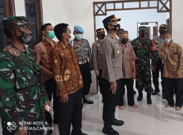 Kapolresta Pontianak Kota Mengukuhkan Kampung Tangguh Nusantara Margo Pontianak Kota