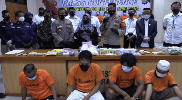Terkait Penyalahgunaan Narkotika, Kades Bersama 4 Rekannya Berhasil di Ringkus Jajaran Polresta Tangerang Polda Banten