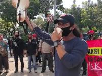 Kritik Janji Anies, FWJ, FWPJ, KPJ, POB dan SKT Gelar Aksi di Balaikota