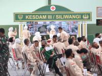 Ratusan Prajurit dan PNS TNI serta Keluarga Jajaran Kodam III/Siliwangi, Terima Vaksinasi AstraZeneca