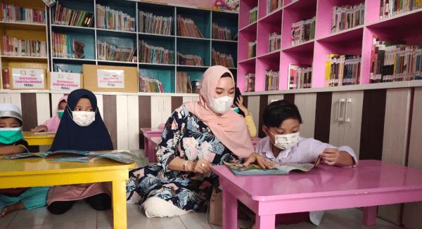 Tumbuhkan Minat Belajar Anak Anak,Taman Bacaan Beting Permai Mulai Buka 2 Kali Seminggu