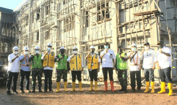 Pangdam XII/Tpr Dampingi Dirjen Perumahan, Kementerian PUPR Tinjau Pembangunan Rusun Kodam