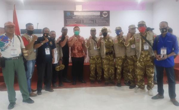 Anggota FW-LSM Kalbar Kumpulan dari Beberapa Media Dan LSM