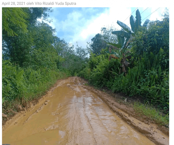 Bak Kubangan Kerbau, Warga Minta Jalan Kota Baru-Sokan Segera Diperbaiki