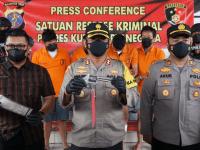 Polisi Berasil Merngkus 6 Pelaku Curas, Satu Tersangka Melawan Petugas Terkena Timah Panas