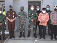 DANLANTAMAL XII PONTIANAK MERESMIKAN PERUMAHAN TNI AL UNTUK PRAJURIT YONMARHANLAN XII DI KAB. MEMPAWAH