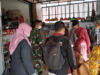 Koramil dan Satgas Covid-19 Sungai Kunyit Intensifkan Patroli Prokes