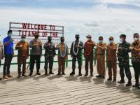Komandan Lantamal XII Resmikan Kampung Bahari Nusantara di Kecamatan Sedau Kabupaten Bengkayang Kalbar