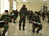 Mahasiswa Prodi S-1 Angkatan 40 STTAL Ujian Tes TOEFL