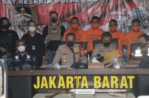Polisi Menetapkan Empat Tersangka Kasus Penyerangan dan Penembakan, Kini Pelaku di Tahan di Rutan Polres Metro Jakarta Barat