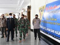 Tinjau Vaksinasi di Masjid Mujahidin, Pangdam XII/Tpr : Ayo Terus Ajak Saudara dan Warga Kita