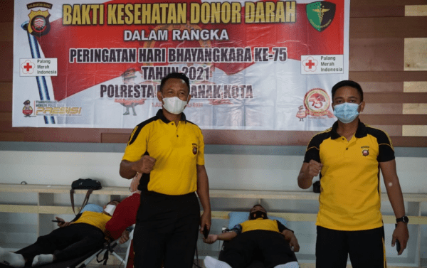 Sambut Hari Bhayangkara ke-75, Polresta Pontianak Kota Gelar Donor Darah