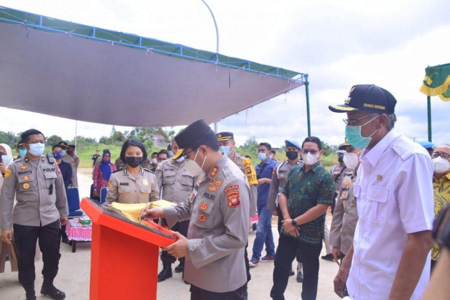 Bupati Hadiri Peresmian Rusun Polda Kalbar di Wilayah Polres Sintang.