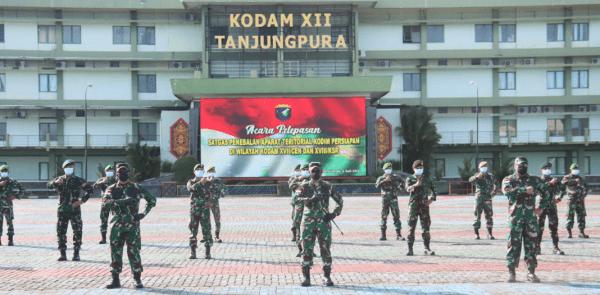 Pangdam XII/Tpr Pimpin Pelepasan Tugas Penebalan Aparat Teritorial