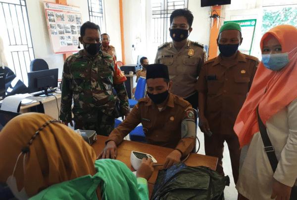 Datangi Desa Laksanakan Vaksinasi Puskesmas Antibar