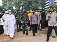 Ditarget 4.500 Orang, TNI-Polri Gelar Vaksinasi Massal Bareng Rabithah Alawiyah di Cibis Park