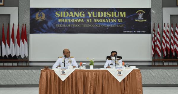 Komandan STTAL Pimpin Sidang Yudisium Mahasiswa S1 STTAL TA. 2021
