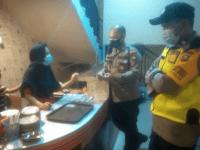 Kapolsek AKP Muslimin, S.H., Melaksnakan Patroli Dalam Rangka Perpanjangan Pemberlakuan Pembatasan Kegiatan Masyarakat