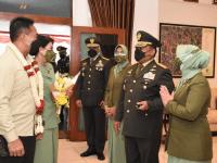 Pangdam III/Slw Hadiri Sekaligus Dampingi Kasad Pada Upacara Praspa Secapa Angkatan Darat