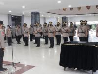 Kapolda Kalbar Pimpin Sertijab Kabid Dokkes Dan Tujuh Kapolres