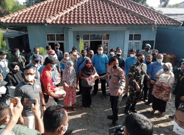Usai Mediasi Kapolrestro Depok Bersilahturahmi ke Kantor PWI