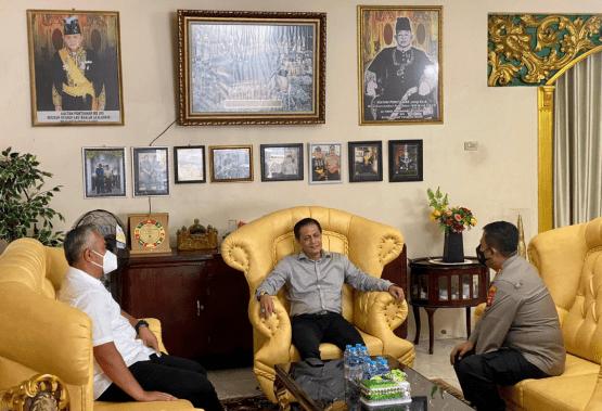 Kunjungan Perdana Kapolresta Pontianak Kota Kombes Pol Andi Henindra, S.I.K ke Kraton dan Tokoh Masyarakat Pontianak Timur