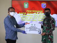 Pangdam XII/Tpr Terima Bantuan Rapid Test dan APD dari Gubernur Kalbar