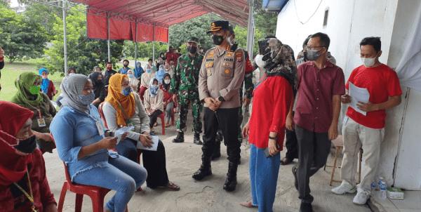 Kapolresta Tangerang Tinjau Kegiatan Vaksinasi 1.000 Orang di PT. Inwoo Bitung Jaya Cikupa