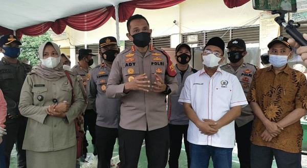 Sukseskan Vaksinasi, Polsek Kebon Jeruk Sediakan Doorprize dari Sembako, peralatan Sholat Hingga Pakaian Muslimah