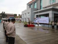 Kapolresta Tangerang Pimpin Upacara Pemberian Penghargaan Kapolri untuk Posko PPKM Desa Jambe