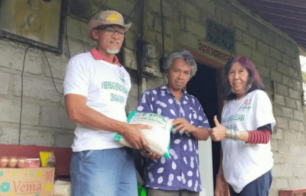 Perisai Serahkan Bantuan kepada Warga Kurang Mampu dan Korban Kebakaran Rumah