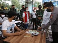 Kapolri Pastikan Vaksinasi untuk Buruh Bakal Dipercepat Hingga Akhir Agustus